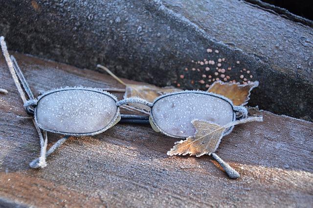 glasses-1081385_640
