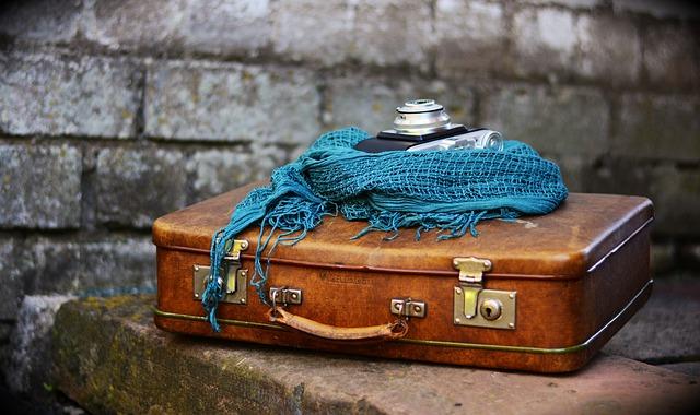luggage-2420316_640